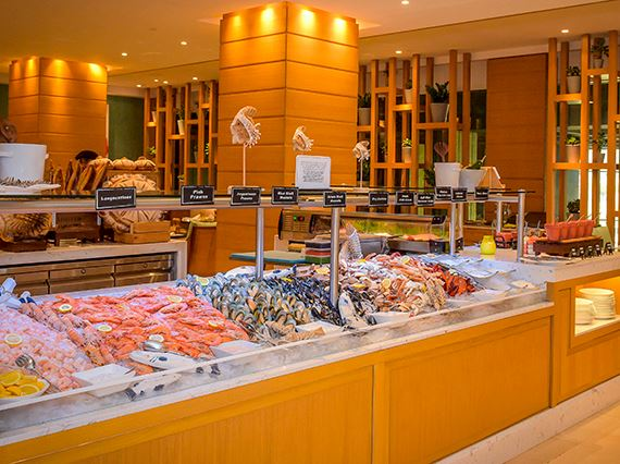 Sloanes Brunch Seafood Buffet